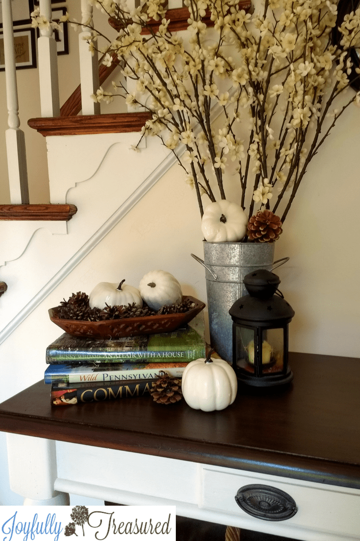 Simple foyer table thrift store furnitire makeover and fall foyer entryway decor