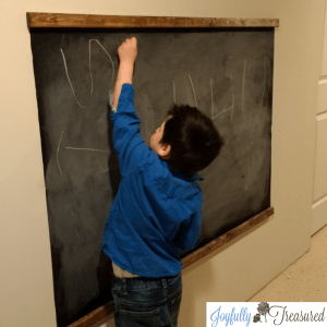 DIY Kids Chalkboard with Contact Paper, Easy Farmhouse Style Chalkboard Wall for under $10 #budgetdecor #playroomideas #chalkboard #homediy #rusticdecor #playroom