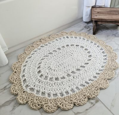 Oval Crochet Rug, Free Pattern for a Vintage Style Bath Mat
